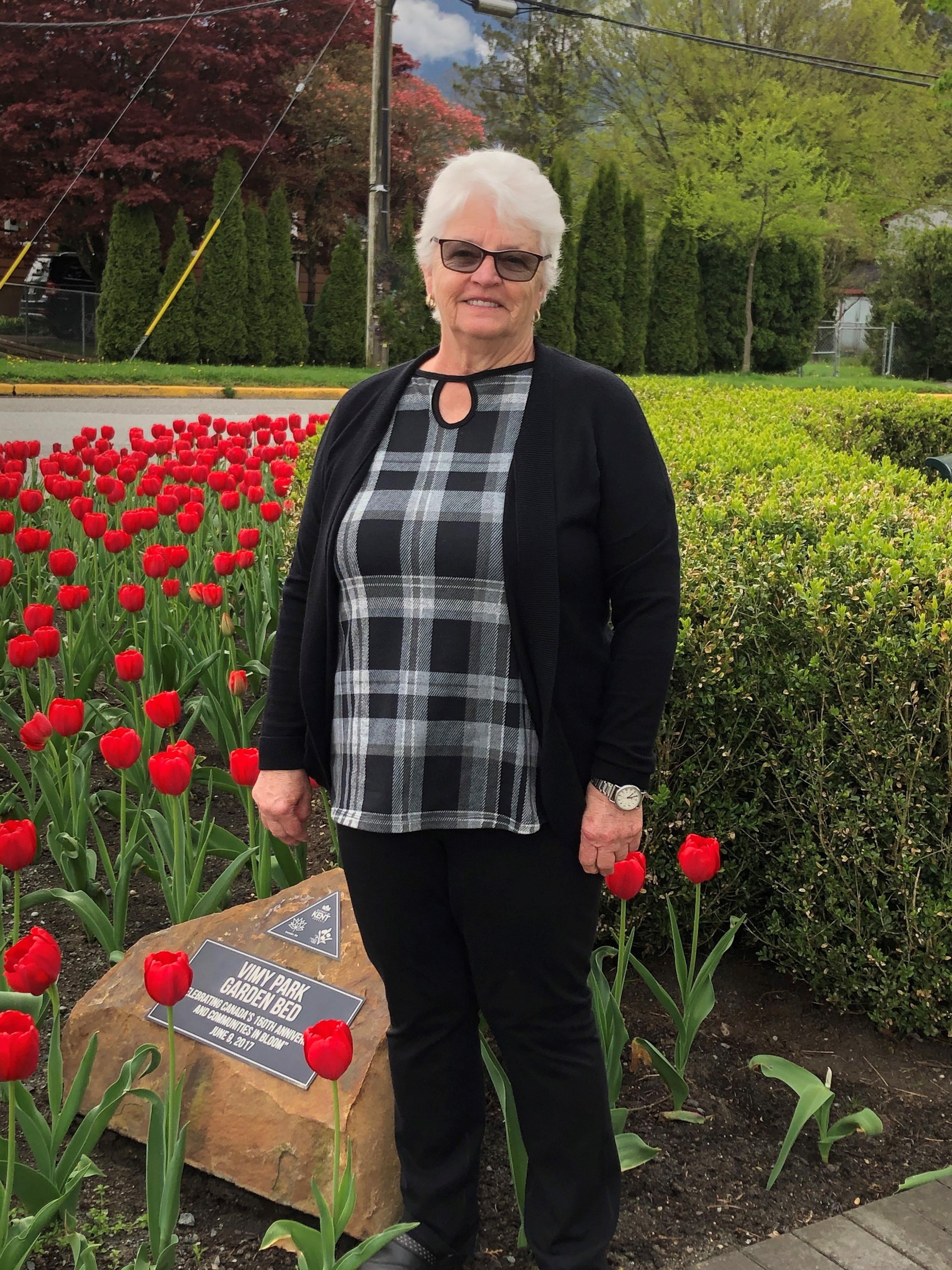 Mayor with tulips